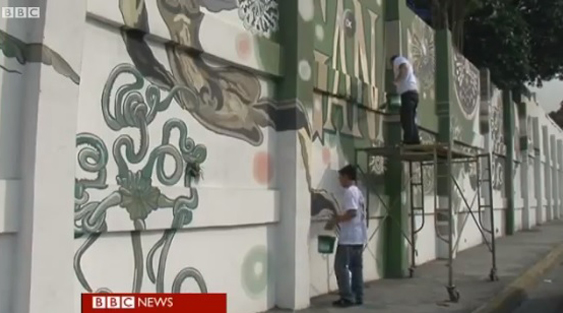 Manila's experiment with 'purifying paint'